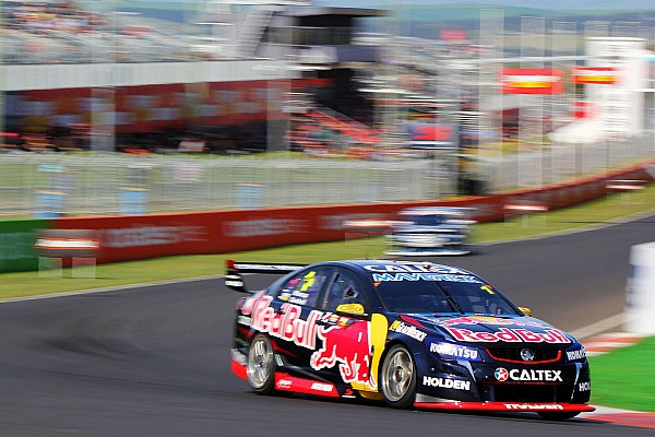 Whincup breaks into the 'fours' as records tumble at Bathurst