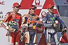 Marc Marquez domineert, Rossi mist de aansluiting