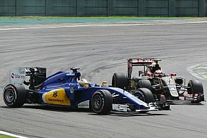 Формула 1 Комментарий Мальдонадо: В Формуле 1 штрафуют за любую мелочь