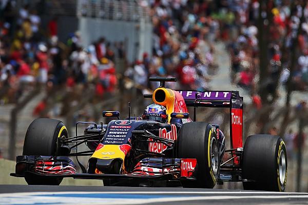 Formula 1 Ricciardo to revert to old-spec Renault engine