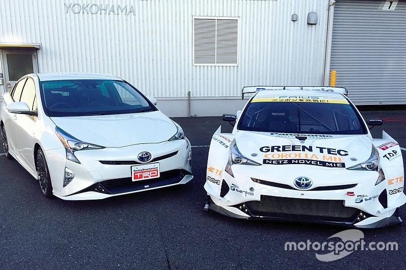 APR Racing tovert oerdegelijke Toyota Prius om in racemonster