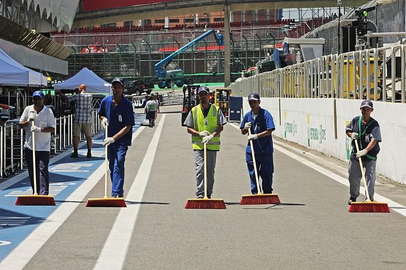Гран При Бразилии: первая тренировка
