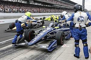 IndyCar BRÉKING IndyCar: kabaré a bokszban, majdnem elgázolták a szerelőt