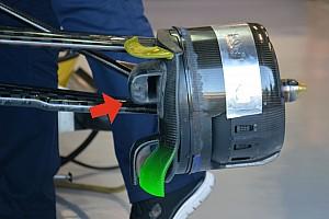 Technique - Les freins avant et le fond plat de la Sauber