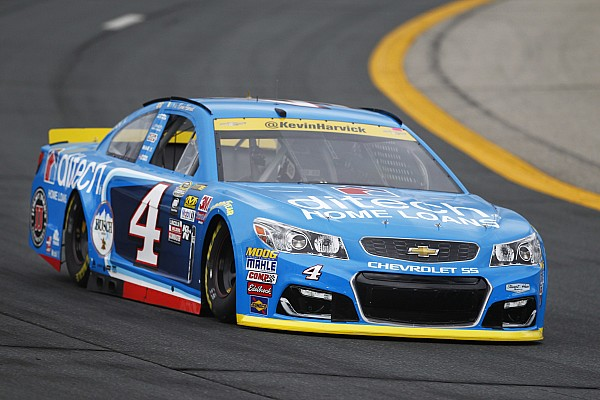 NASCAR Sprint-Cup Rennbericht NASCAR: Kevin Harvick verhindert 3. Loudon-Sieg in Folge für Matt Kenseth