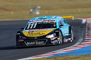 Stock Car Brasil Race report Brazilian V8 Stock Cars returns in great fashion to Londrina with victories of Fraga and Barrichello