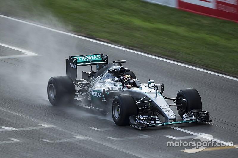 17年用F1タイヤテスト、2日目も悪天候。ピレリ「この天候がバーレーンテストに賛成する理由」