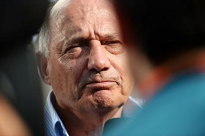 Formula 1 Dennis: un addio che sa di regolamento di conti in McLaren