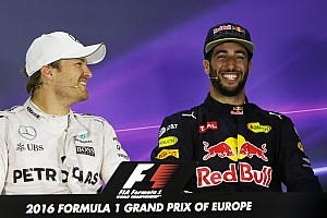 Forma-1 BRÉKING Ricciardo elég
