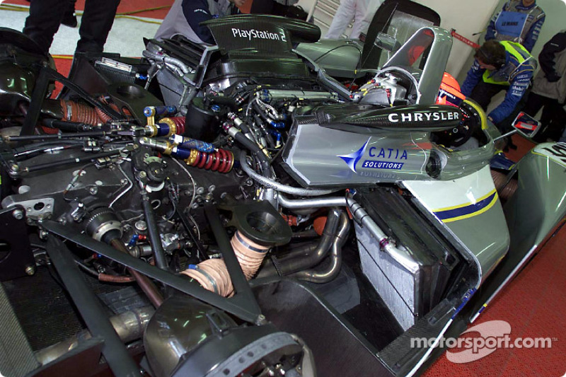 Franck Montagny waiting in the Chrysler LMP