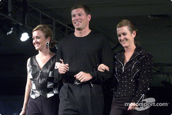 Scott Sharp, wife Kim and her twin sister