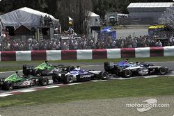 The start: Mika Hakkinen, Nick Heidfeld, Juan Pablo Montoya, Eddie Irvine and Pedro de la Rosa