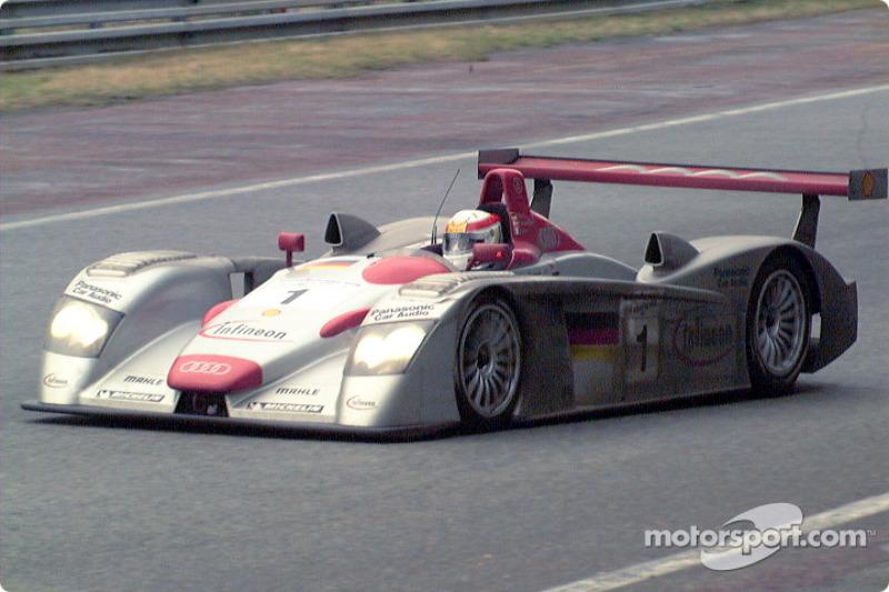Winning Audi entering Tertre Rouge