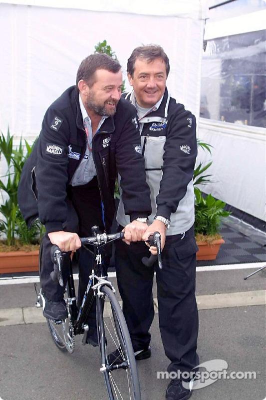 Paul Stoddart and Giancarlo Minardi with the new Minardi bike