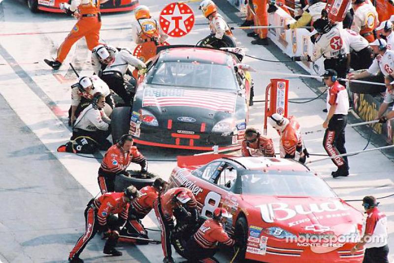 Pit activity: Dale Earnhardt Jr. and Ricky Rudd