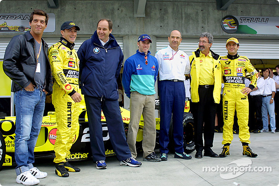 Jean Alesi celebrating his 200th Grand Prix with Gaston Mazzacane, Gerhard Berger, Nick Heidfeld, Peter Sauber, Eddie Jordan and Jarno Trulli