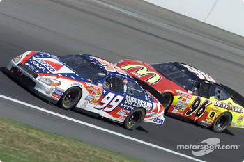Jeff Burton leads Andy Houston in turn 4