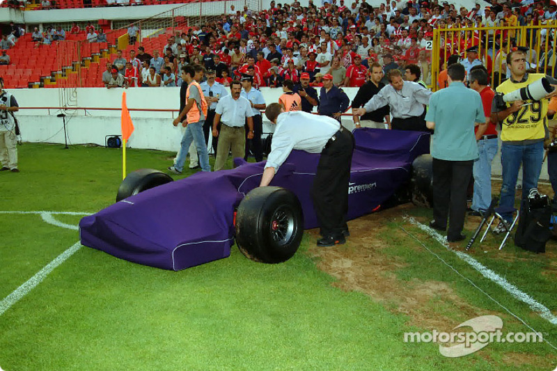 Presentation at S.L. Benfica football stadium