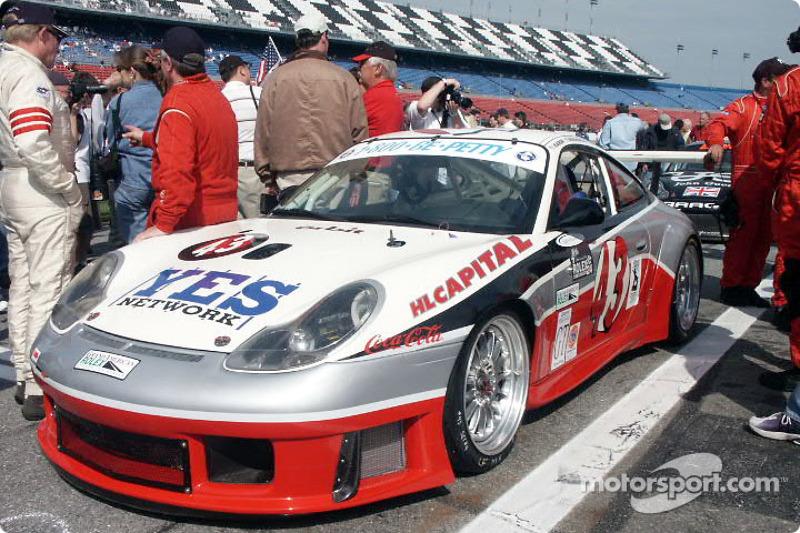 Porsche GT3 R (Petty/Baron/Hindrey/Borkowski)