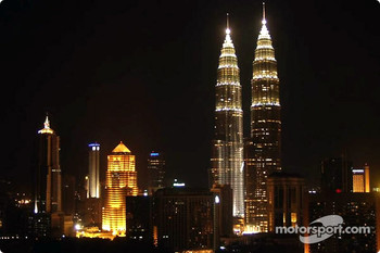 Kuala Lumpur skyline by night