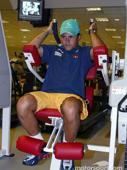 Tourism in Kuala Lumpur: Felipe Massa working out