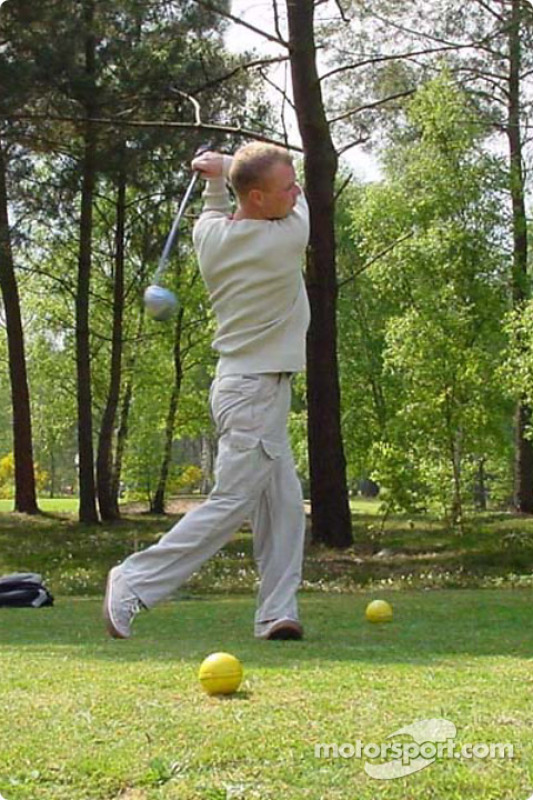 A game of golf inside Le Mans with Team Panoz: Jan Magnussen