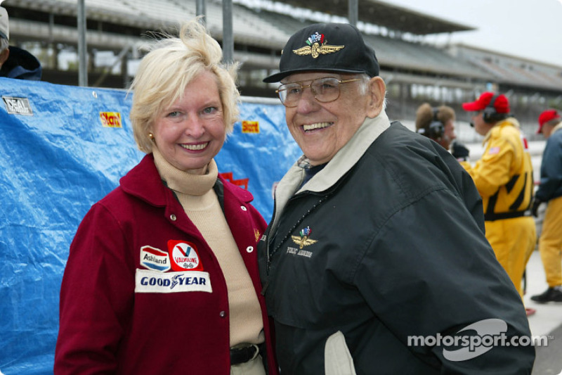 Janet Guthrie and Tom Carnegie