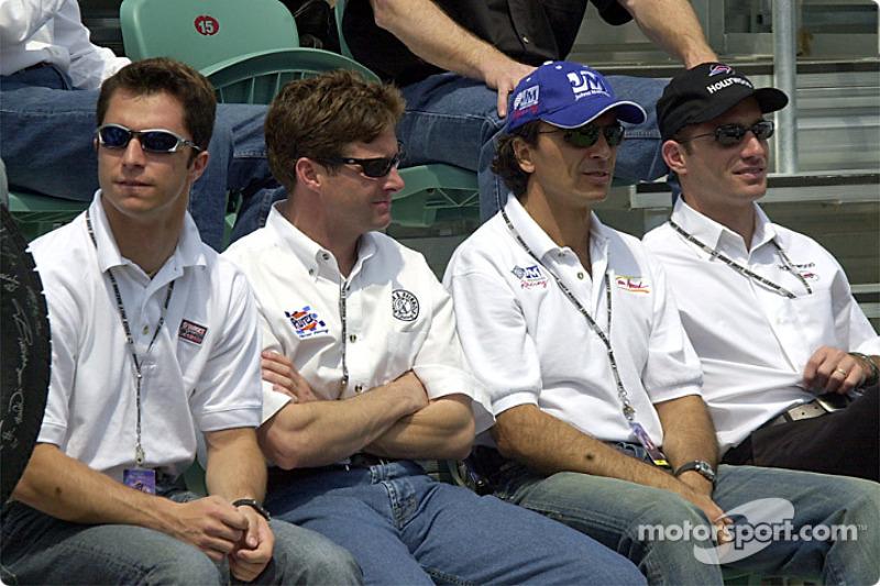 Front row plus one: Bruno Junqueira, Robbie Buhl, Raul Bossel and Felipe Giaffone