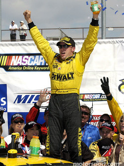 Matt Kenseth celebrating after winning the SIRIUS 400 at Michigan