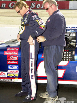 Rusty Wallace puts on his safety gear