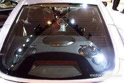 Aston-Martin V12 Vanquish sound system