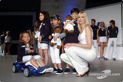 BMW WilliamsF1 Fashion Show in Barcelona: Nadja Auermann and kids