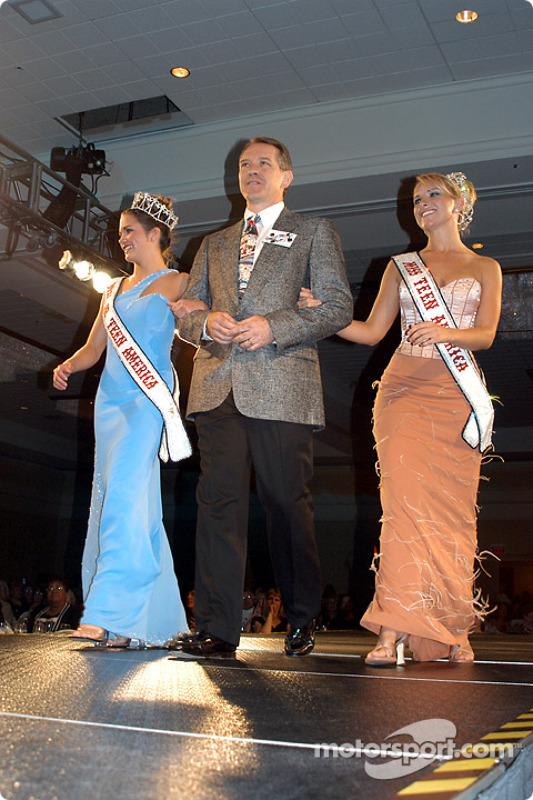 Lacey Minchew, Miss Teen America and Meghan Bryan,Miss Junior Teen America