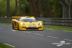 #66 Konrad Motorsport Saleen S7R: Franz Konrad, Toni Seiler, Walter Brun in trouble
