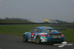 #81 The Racers Group Porsche 911 GT3: Kevin Buckler, Timo Bernhard, Jorg Bergmeister