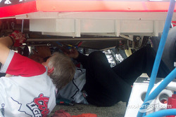 Rear gear change on Sterling Marlin's car