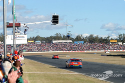 Russell Ingall takes the chequered flag to win the Big Pond 300