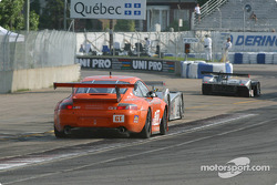 #1 Infineon Team Joest Audi R8: Frank Biela, Marco Werner, and #33 ZIP Racing Porsche GT3 RS: Andy Lally, Spencer Pumpelly
