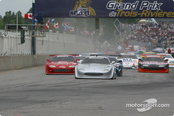 The start: Scott Pruett takes the lead