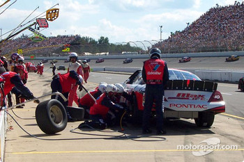 Pitstop for Johnny Benson