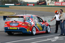 Russell Ingall gets the green to leave the pits during the shoot out