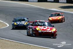 #89 Inline Cunningham Racing Porsche 911 GT3RS: Burt Frisselle, Oswaldo Negri and #43 Orbit Racing Porsche 911 GT3RS: Leo Hindery, Peter Baron