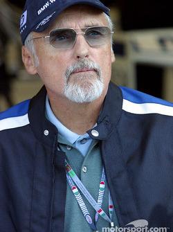 Williams-BMW guest Dennis Hopper