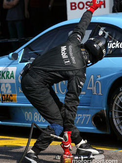 Pitstop for Stefan Mücke