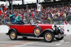 Drivers parade: Heinz-Harald Frentzen and Nick Heidfeld