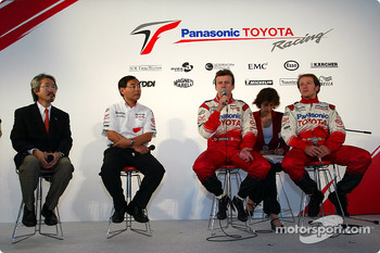 Megaweb event: Makoto Matsui, Keizo Takahashi, Olivier Panis and Cristiano da Matta during the press conference