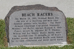 Beach racers monument