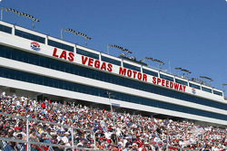 NASCAR-NS: Crowd at Las Vegas Motor Speedway
