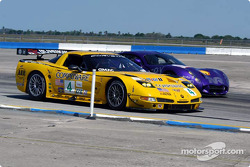 #4 Corvette Racing Chevrolet Corvette C5-R: Oliver Gavin, Olivier Beretta, Jan Magnussen