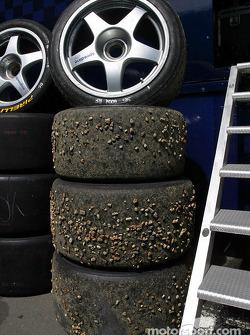 Rocks in tires